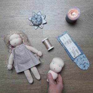 réaliser la tête de la poupée Bergamote