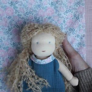 Bergamote, un kit de poupée Waldorf, une création Pique & Colegram