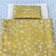 literie Farandole en tissu oeko tex, contenant un matelas, un oreiller et une couette