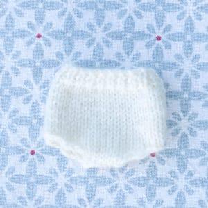 petite culotte de laine à tricoter en laine mérinos pour les poupées Waldorf