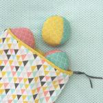 balles de jonglage et sac de rangement à coudre grâce au kit Pique & Colegram