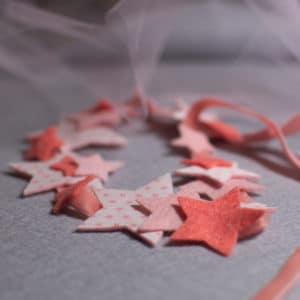 kit heaband aux étoiles à réaliser à partir de feutrine de laine et popeline oeko-tex