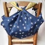les petits furoshiki utilisés pour faire un sac à dos