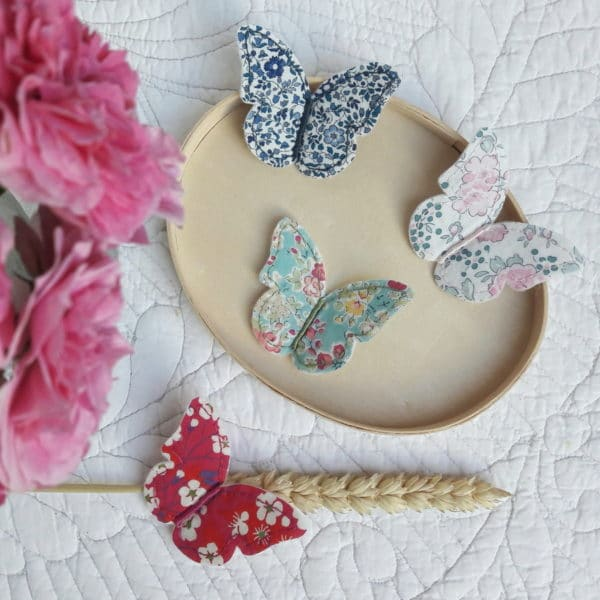 La broche Papillon en Liberty, un kit Pique & Colegram