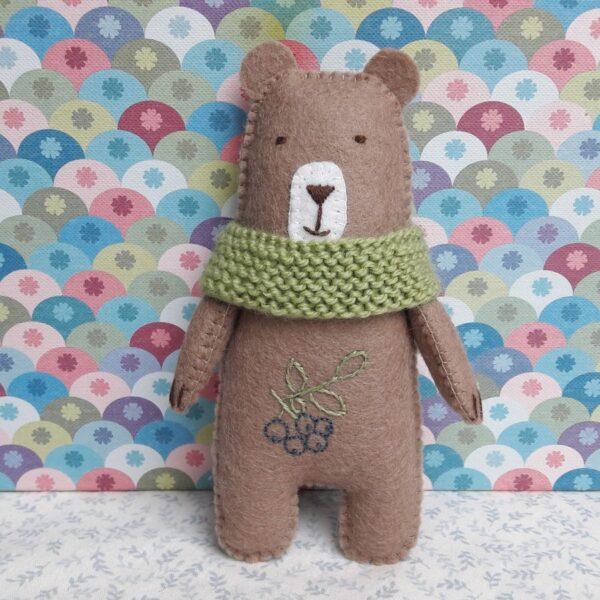 Arsène, un ours tout doux chez Pique & Colegram