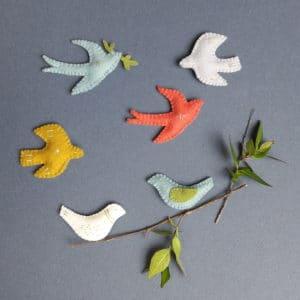 Atelier oiseau de printemps organisé par Pique & Colegram lors du marché de créateurs Etsy Made in Pau