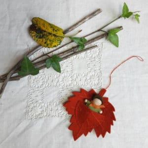 Le Bébé Feuille, un kit Pique & Colegram à réaliser chez soi ou lors de notre atelier bébé feuille!