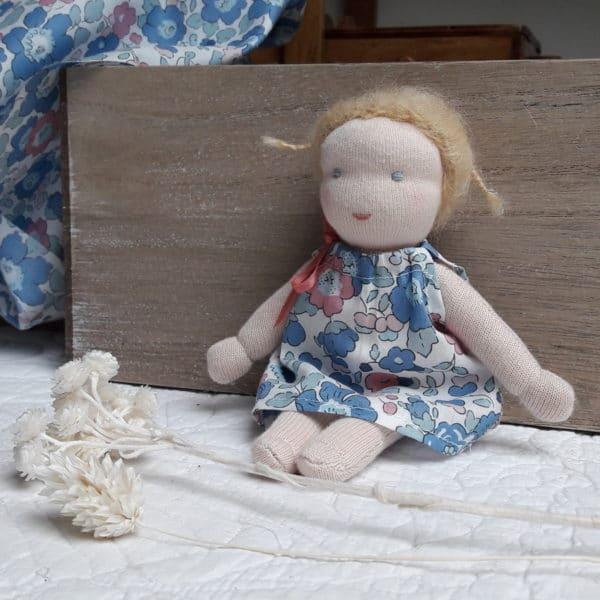 Petite Centaurée, poupée Waldorf