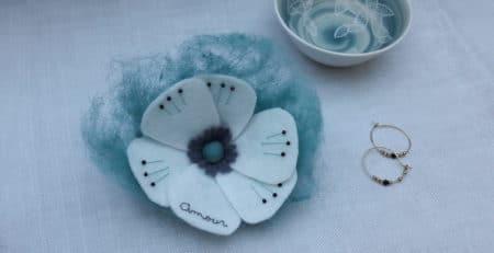 Des fleurs brodées pour vos jolis jours, avec Pique & Colegram