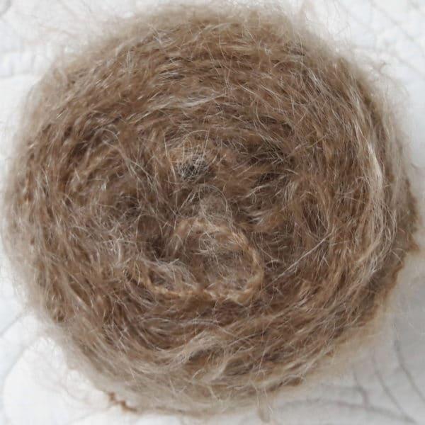 laine Dolly Mo Lang Yarn châtain clair