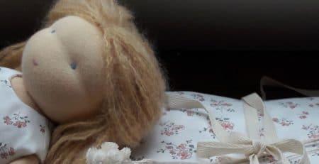 Nouvelles robes pour les poupées chez Pique & Colegram