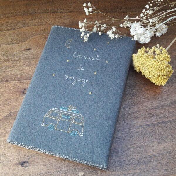 kit du carnet de voyage brodé